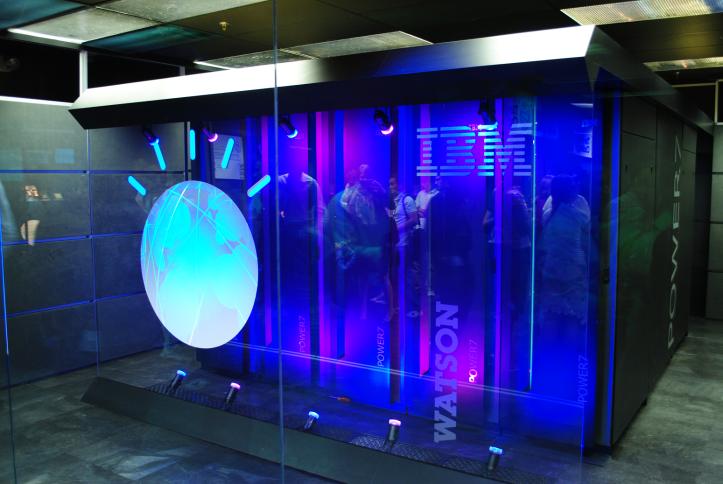 Watson, ofurtölva IBM, er engin smásmíði.